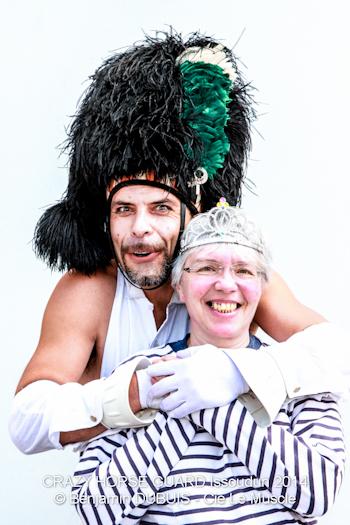 144 - Crazy Horse Guard Issoudun 2014 - Cie Le Muscle  ©  Benjamin Dubuis 2014