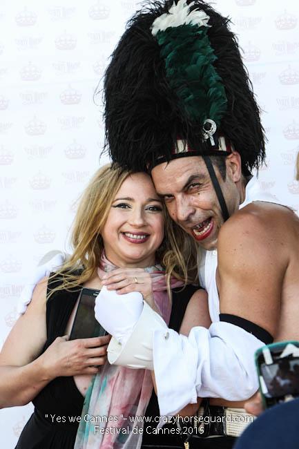10 - Yes we Cannes - Festival de Cannes 2015 - Crazy Horse Guard - (c) Benjamin Dubuis 2015