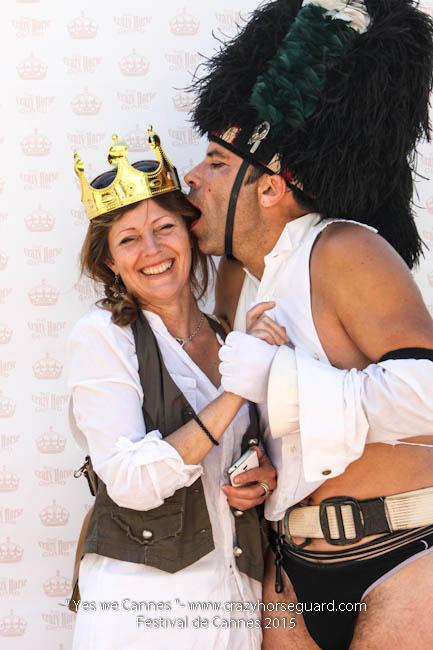 12 - Yes we Cannes - Festival de Cannes 2015 - Crazy Horse Guard - 20052015 (c) Benjamin Dubuis 2015
