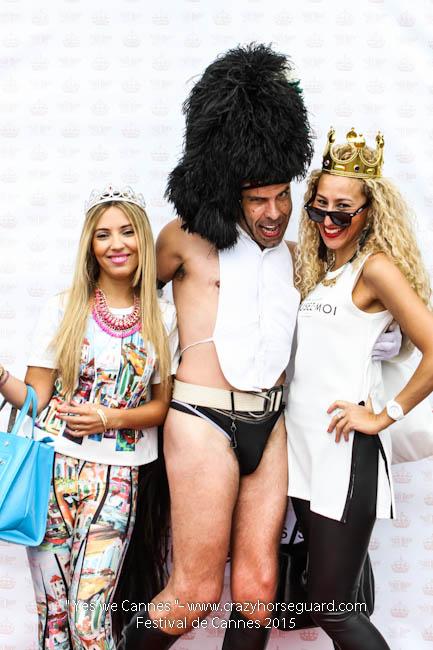 12 - Yes we Cannes - Festival de Cannes 2015 - Crazy Horse Guard - 21052015 (c) Benjamin Dubuis 2015