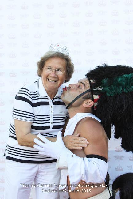 12 - Yes we Cannes - Festival de Cannes 2015 - Crazy Horse Guard - (c) Benjamin Dubuis 2015