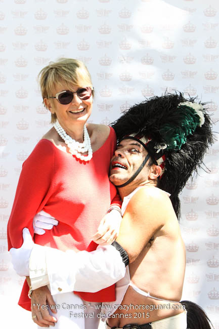 20 - Yes we Cannes - Festival de Cannes 2015 - Crazy Horse Guard - 20052015 (c) Benjamin Dubuis 2015