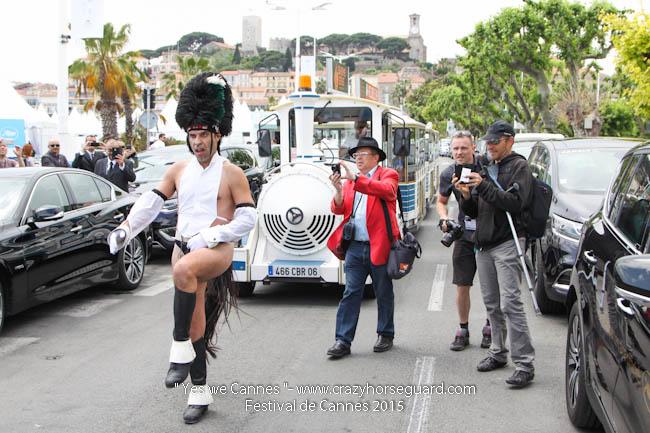 25 - Yes we Cannes - Festival de Cannes 2015 - Crazy Horse Guard - 19052015 (c) Benjamin Dubuis 2015