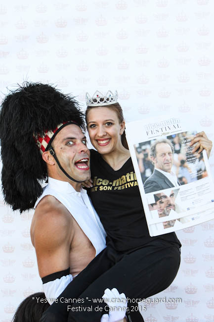 26 - Yes we Cannes - Festival de Cannes 2015 - Crazy Horse Guard - (c) Benjamin Dubuis 2015