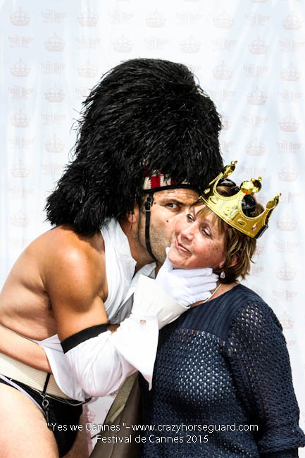 3 - Yes we Cannes - Festival de Cannes 2015 - Crazy Horse Guard - 21052015 (c) Benjamin Dubuis 2015
