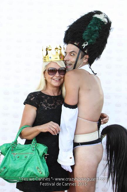 31 - Yes we Cannes - Festival de Cannes 2015 - Crazy Horse Guard - (c) Benjamin Dubuis 2015