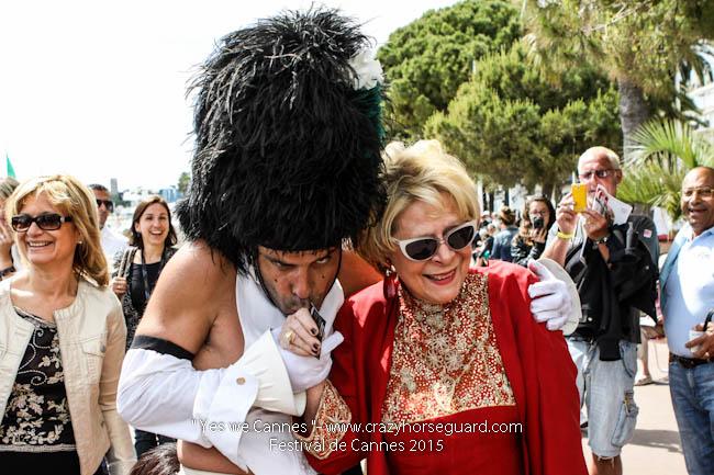 34 - Yes we Cannes - Festival de Cannes 2015 - Crazy Horse Guard - 21052015 (c) Benjamin Dubuis 2015