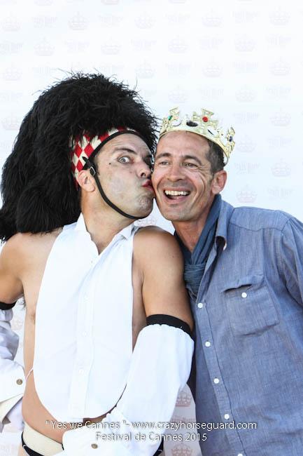 34 - Yes we Cannes - Festival de Cannes 2015 - Crazy Horse Guard - (c) Benjamin Dubuis 2015