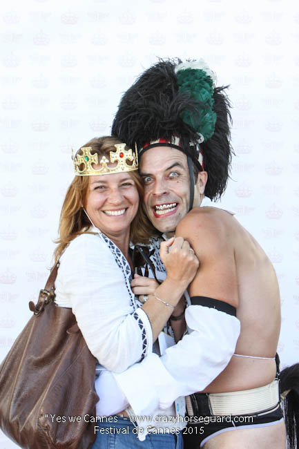 36 - Yes we Cannes - Festival de Cannes 2015 - Crazy Horse Guard - (c) Benjamin Dubuis 2015