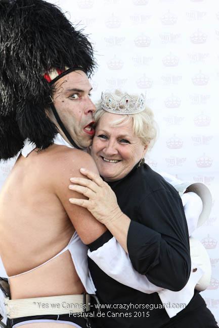 4 - Yes we Cannes - Festival de Cannes 2015 - Crazy Horse Guard - (c) Benjamin Dubuis 2015