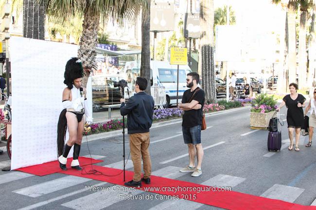 51 - Yes we Cannes - Festival de Cannes 2015 - Crazy Horse Guard - (c) Benjamin Dubuis 2015