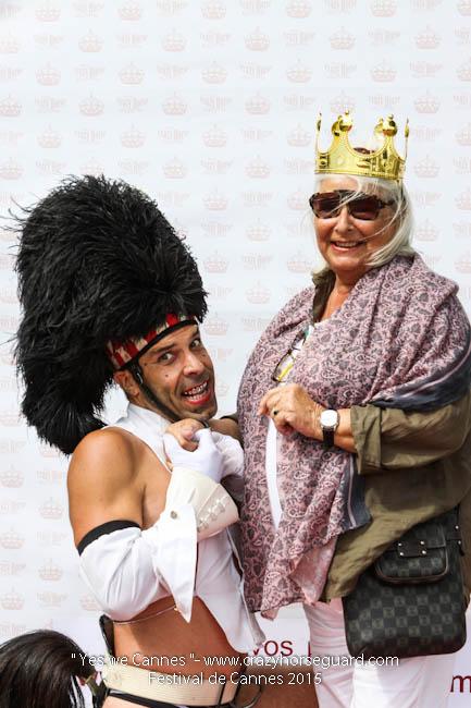 55 - Yes we Cannes - Festival de Cannes 2015 - Crazy Horse Guard - 21052015 (c) Benjamin Dubuis 2015