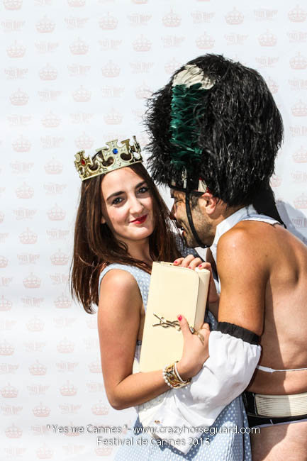 56 - Yes we Cannes - Festival de Cannes 2015 - Crazy Horse Guard - 22052015 (c) Benjamin Dubuis 2015