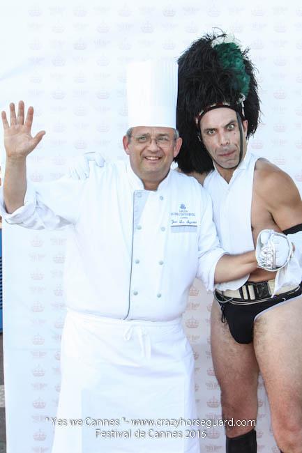 57 - Yes we Cannes - Festival de Cannes 2015 - Crazy Horse Guard - (c) Benjamin Dubuis 2015