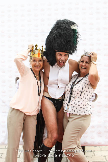 6 - Yes we Cannes - Festival de Cannes 2015 - Crazy Horse Guard - 19052015 (c) Benjamin Dubuis 2015