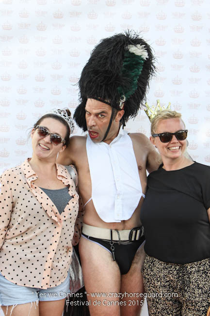 6 - Yes we Cannes - Festival de Cannes 2015 - Crazy Horse Guard - (c) Benjamin Dubuis 2015