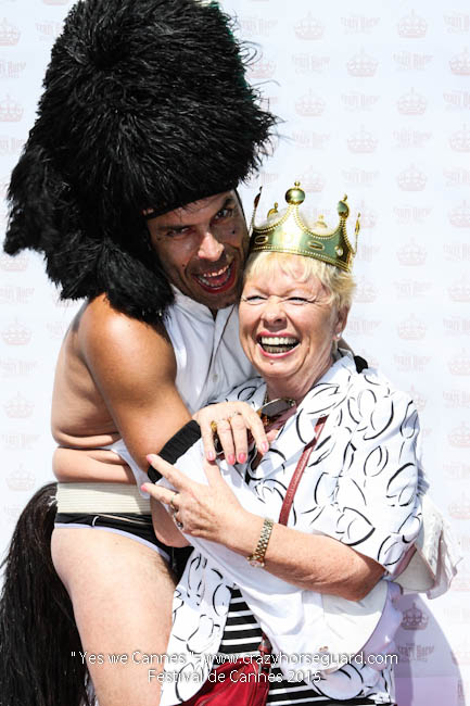 7 - Yes we Cannes - Festival de Cannes 2015 - Crazy Horse Guard - 22052015 (c) Benjamin Dubuis 2015