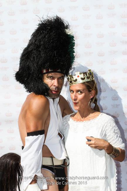 70 - Yes we Cannes - Festival de Cannes 2015 - Crazy Horse Guard - 22052015 (c) Benjamin Dubuis 2015