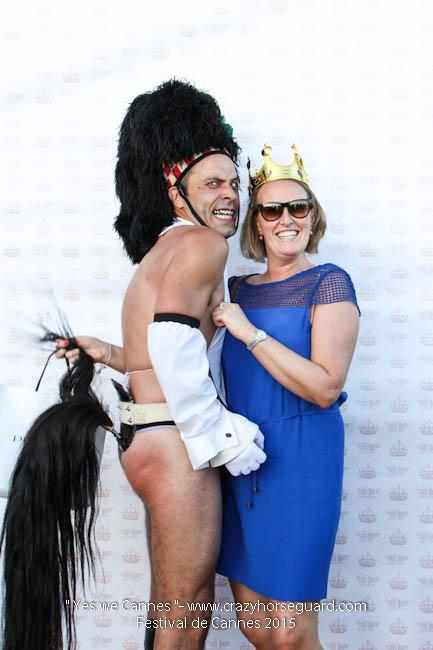 78 - Yes we Cannes - Festival de Cannes 2015 - Crazy Horse Guard - (c) Benjamin Dubuis 2015