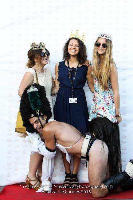 85 - Yes we Cannes - Festival de Cannes 2015 - Crazy Horse Guard - (c) Benjamin Dubuis 2015