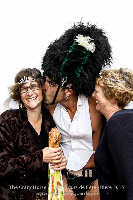 62 - The Crazy Horse Guard - Jours de Fête Bléré 2015 - 650px © Benjamin Dubuis 2015