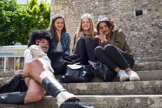 77 - Crazy Horse Guard Blois 15 Juin 2016 - Cie Le Muscle © Benjamin DUBUIS 2016 - Format 650 px