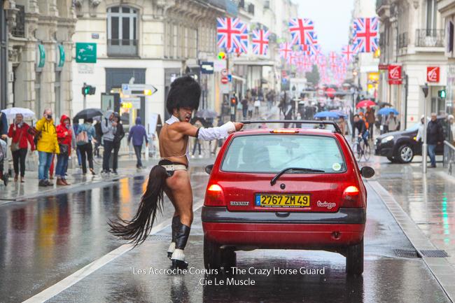 7 - Les Accroche Coeurs - The Crazy Horse Guard Format HD - Cie Le Muscle 2017