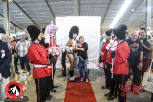 41 - Crazy Horse Guard - Championnat du monde du cheval à 2 pattes !!_