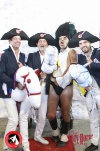 44 - Crazy Horse Guard - Championnat du monde du cheval à 2 pattes !!_